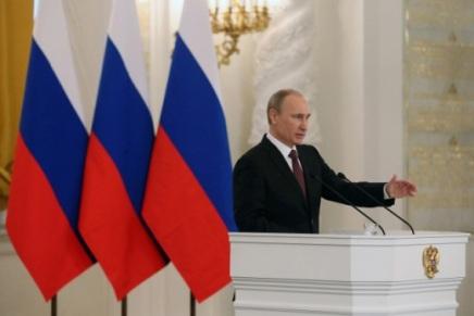 Vladimir Putin  –  NATO može da dolazi u Sevastopolj nama u goste, a ne minjima