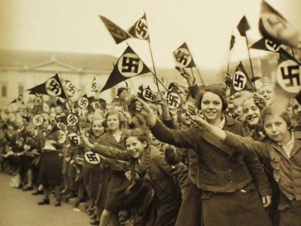 1. a. fašizam1