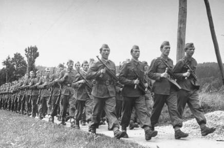 O zloupotrebi vojne povijesti iz vremena Drugoga svjetskograta