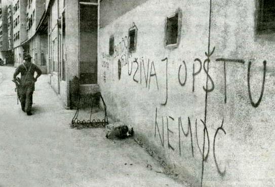 Hrvoje Polan: I DANAS MI PRIJETE ZBOG FOTOGRAFIJA PLJAČKE U KNINU NAKONOLUJE