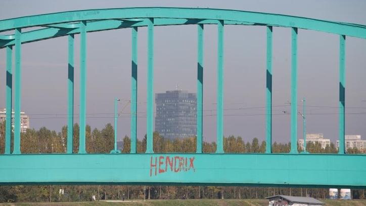 1-a-hendrix