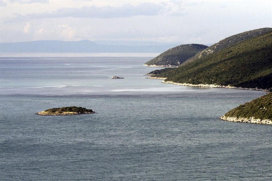 Problematika tamnog vilajeta u primjeru granice na moru sBiH