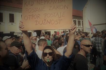 """Ideja da su radnici """"krivi"""", da su vlasnici tvornice, kojom rukovodi politički odabrana uprava u zemlji u kojoj se uopće ne primjenjuju zakoni, jednostavno jepriglupa"""