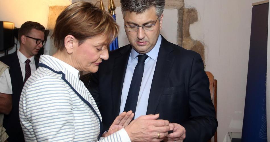 Boris Rašeta: Inspektor Vinko  ili vječne namuzdanice