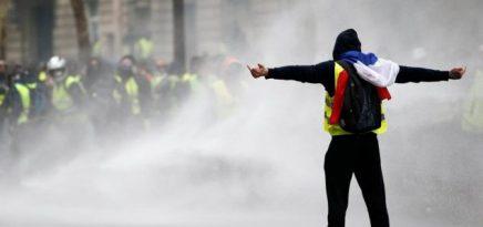 Neprijateljska propaganda: Žuti prsluk, bijelabunda