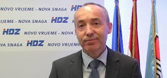 Ivo Anić: Pogledaj dom svoj,anđele