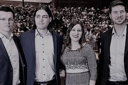 Nenad Popović: Živi zid, inmemoriam