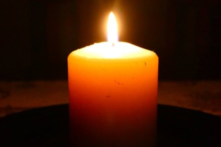 Božica Jelušić: DUŠNI DAN, svijeće unovembru