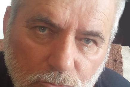 Protest zbog napada na novinara i pisca EsadaKočana